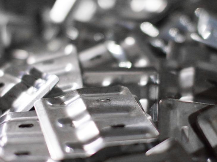 複数の亜鉛メッキ